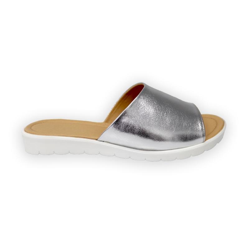 Papuci argintii cu talpa joasa din piele naturala fabricati in romania