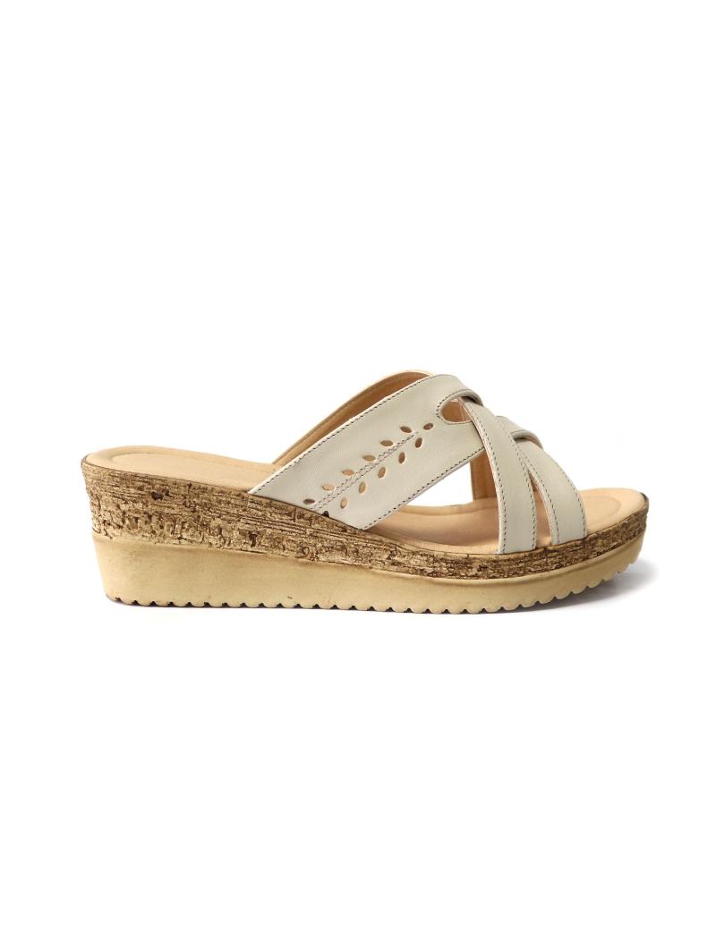 Papuci bej din piele naturala cu platforma